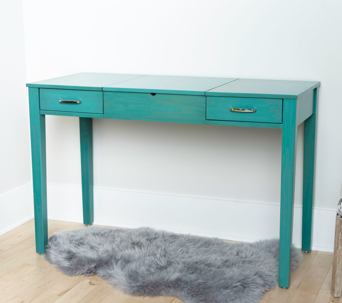 Ainsley vanity desk turquoise hives and honey ainsley vanity desk turquoise geotapseo Images