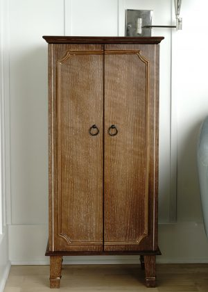 Hives & Honey Cabby Standing Jewelry Armoire Ceruse Oak